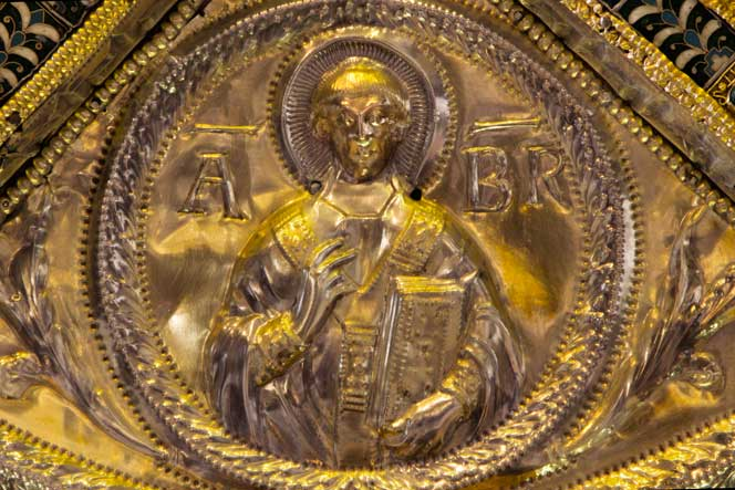 iw_volvinio_altare-s_ambrogio_13.jpg