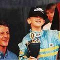 Vettel fénysebességgel a címvédés felé!!