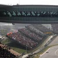A nyolcadik kínai nagydíj: Hamilton legyőzte Vettelt!!