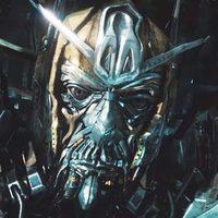 Eltérünk a tárgytól: 2011-ben Transformers 3!!!!!