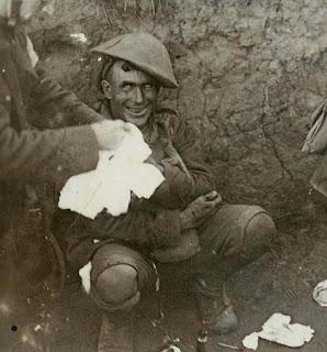 shell_shocked_soldier_1916_2.jpg