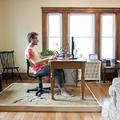Mi a baj az otthoni munkavégzéssel?