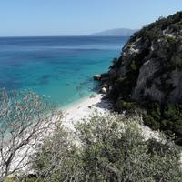 A Földközi-tenger második legnagyobb szigete: a türkiz Szardínia