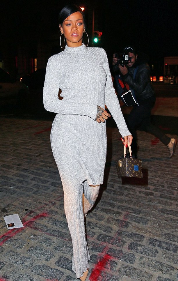 rihanna_out_and_about_in_knit_su_el_1.jpg