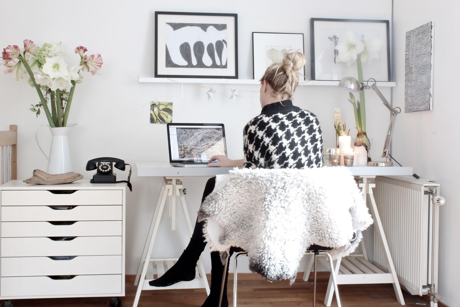 simple-elegant-home-office-design.jpg