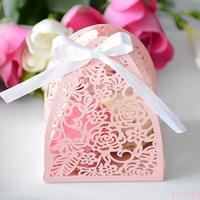 Macaron rózsás dobozban