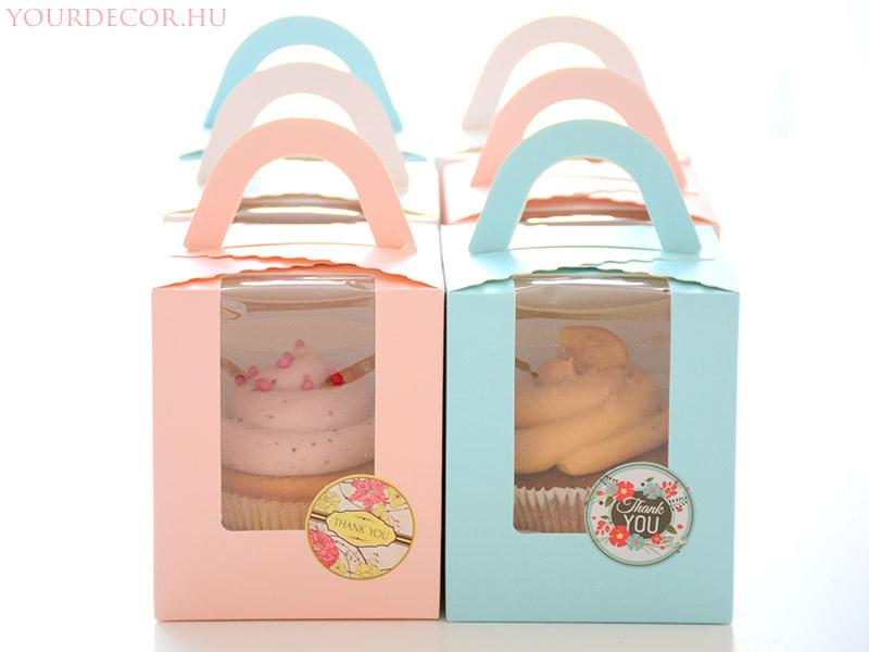 cupcake-dobozban-eskuvoi-koszonetajandek-vendegajandek-babavaro-koszonoajandek7.jpg