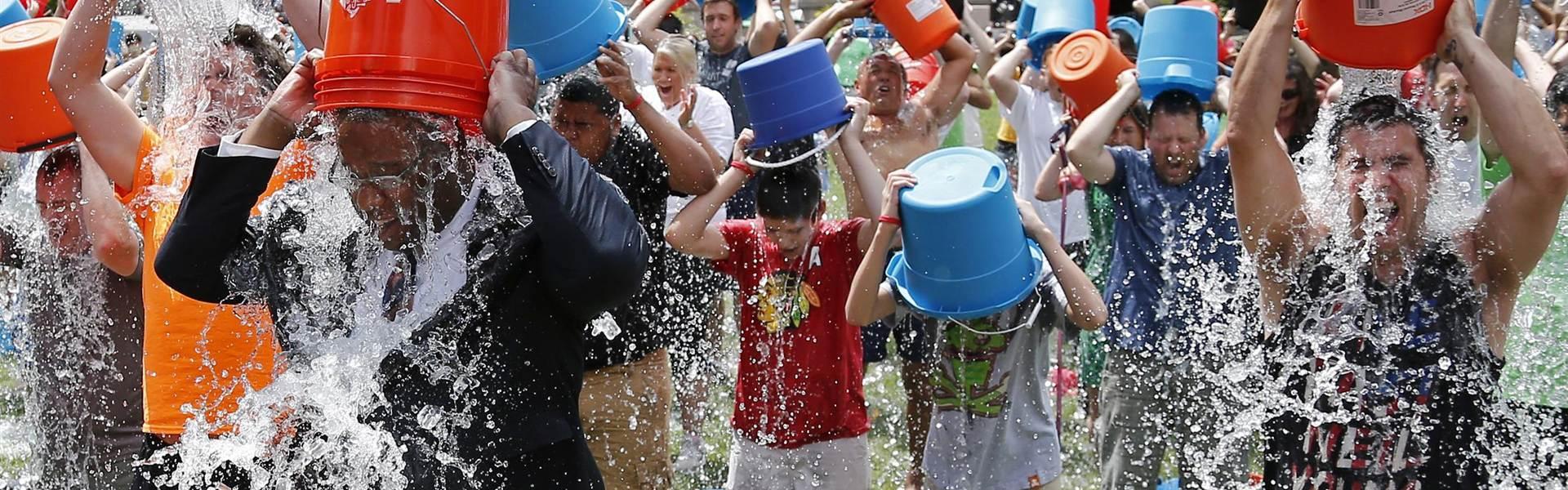 140811-boston-ice-bucket-challenge-1350_26906d39ac7ead702b45e5b7707b8dc6.nbcnews-fp-1920-600.jpg