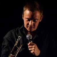 """""""A zenélés mindenkinél közös szenvedély"""" - interjú Barabás Lőrinccel"""