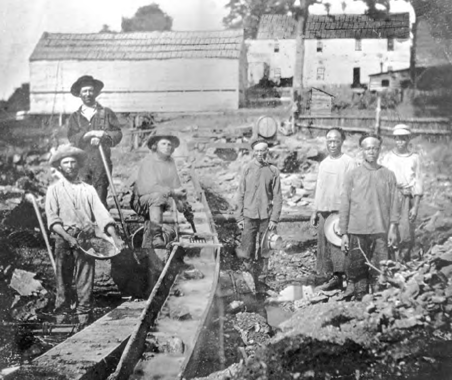 1317148451_chinese-and-white-miners-sluicing.png
