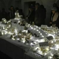 Megnyílt a III. Zirci Mézeskalácsfalu kiállítás