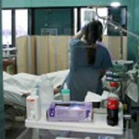 Nagyobb a baj a veszprémi kórházban: a belgyógyászaton és a kardiológián is ágyakat kellett megszüntetni