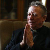 Dr. Beer Miklós váci megyéspüspök könyvbemutatója a Bagolyvárban - 2018. szeptember 12., szerda