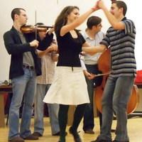 Zirci Táncorgók a világ szellemi örökségének nyilvánított mozgalomban