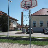 Este is lehet kosárlabdázni