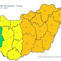 Figyelmeztető előrejelzés péntek éjfélig: hőség, heves zivatar, felhőszakadás