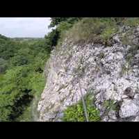 Mindig használj sisakot, még Cseszneken is! - remek videó a cseszneki vasalt utakról