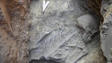 Árpád-kori leleteket találtak Zircen