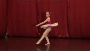 Országos első lett a zirci balettos lány