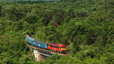 Fotókiállítás a Győr-Veszprém vasútvonalról
