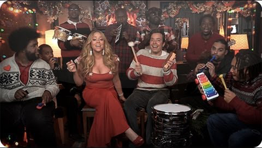 """All I Want For Christmas Is You"" - Mariah Carey egy kicsit másként"