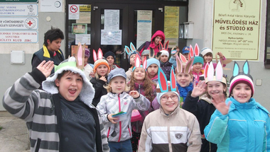 Kép-újság, 138. szám  2014. 04. 19.    - Kellemes Húsvéti Ünnepeket!