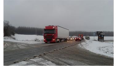 Forgalomkorlátozás a hó miatt a 82-es számú úton