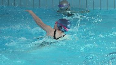 Sportolni vízen és földön
