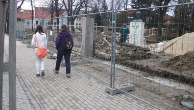 Kép-újság, 81. szám 2013. 03. 13.