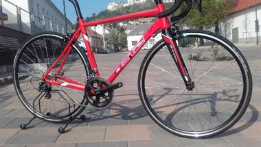 Nemzetközi kerékpárverseny halad át Zircen