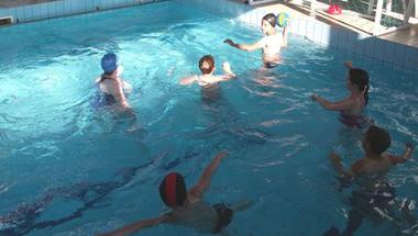Egyre több gyermek tanul vízilabdázni a Tanuszodában