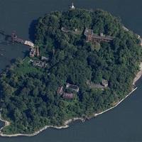 Lakatlan sziget New Yorkban?