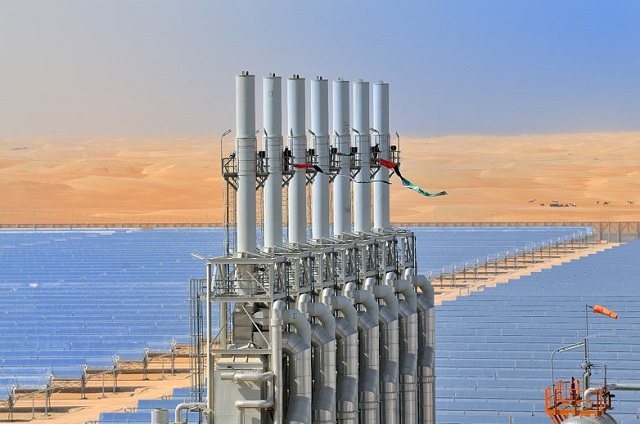 Solar-plant-Shams-1-in-th-001.jpg