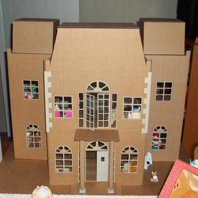 cardboarddaddy_house_front_sm400.jpg