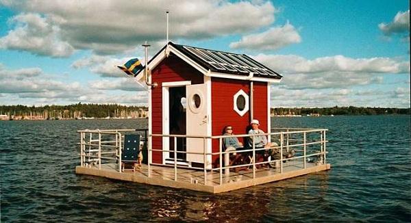 floating_hotelsved.jpg