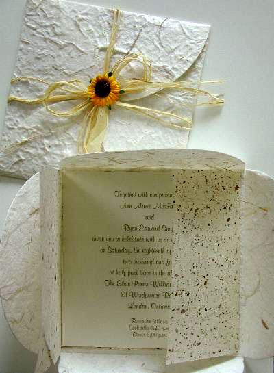 green-DIY-wedding-invitatio.jpg