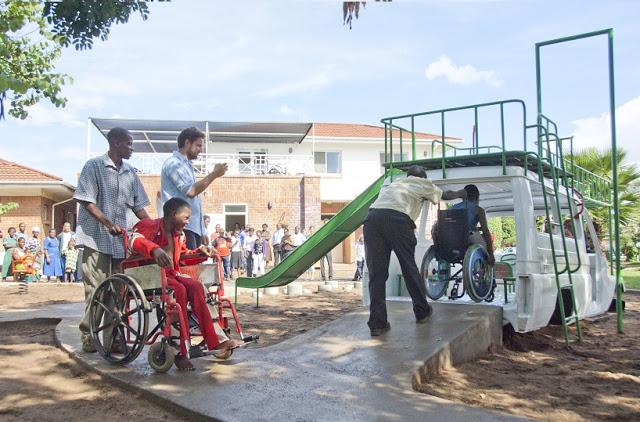 playground malawi sakaramenta3.jpg