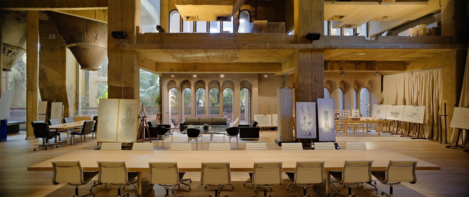 ricardo_bofill_taller_arquitectura_santjustdesvern_barcelona_spain_workspace_4.jpg