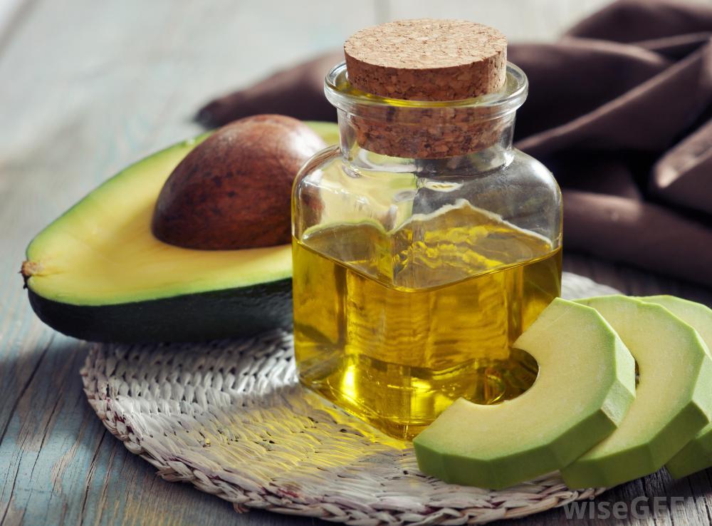bottle-of-avocado-essential-oil.jpg