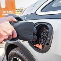 Mikorra lesz mindenkinek elektromos autója?