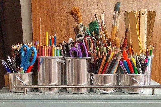 art-supplies-1324034_640.jpg