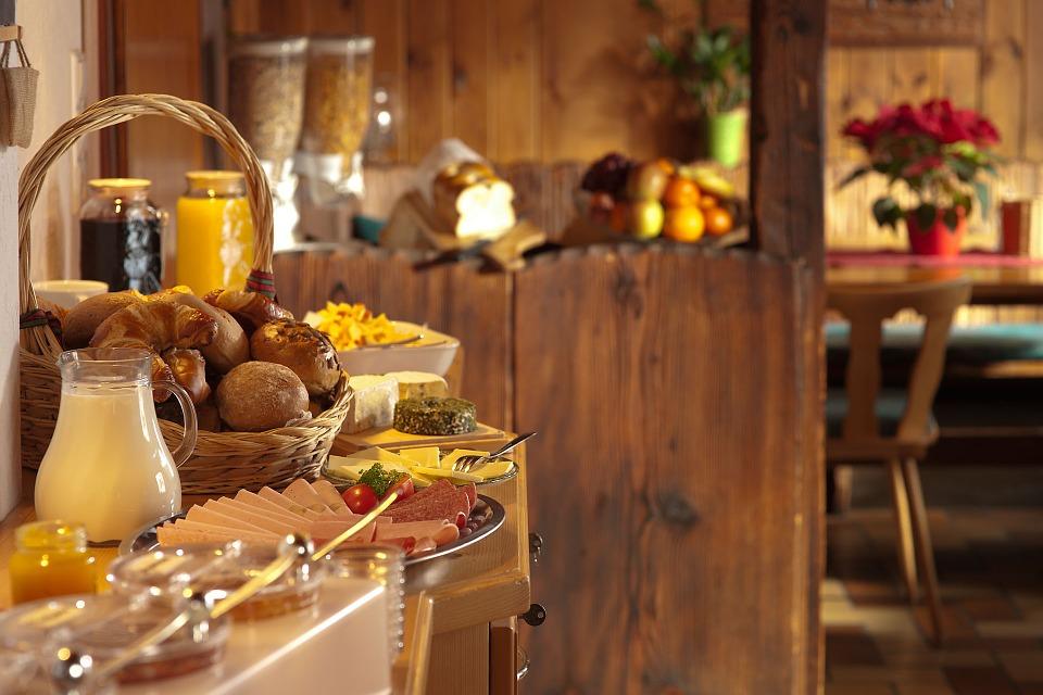 breakfast-801827_960_720.jpg