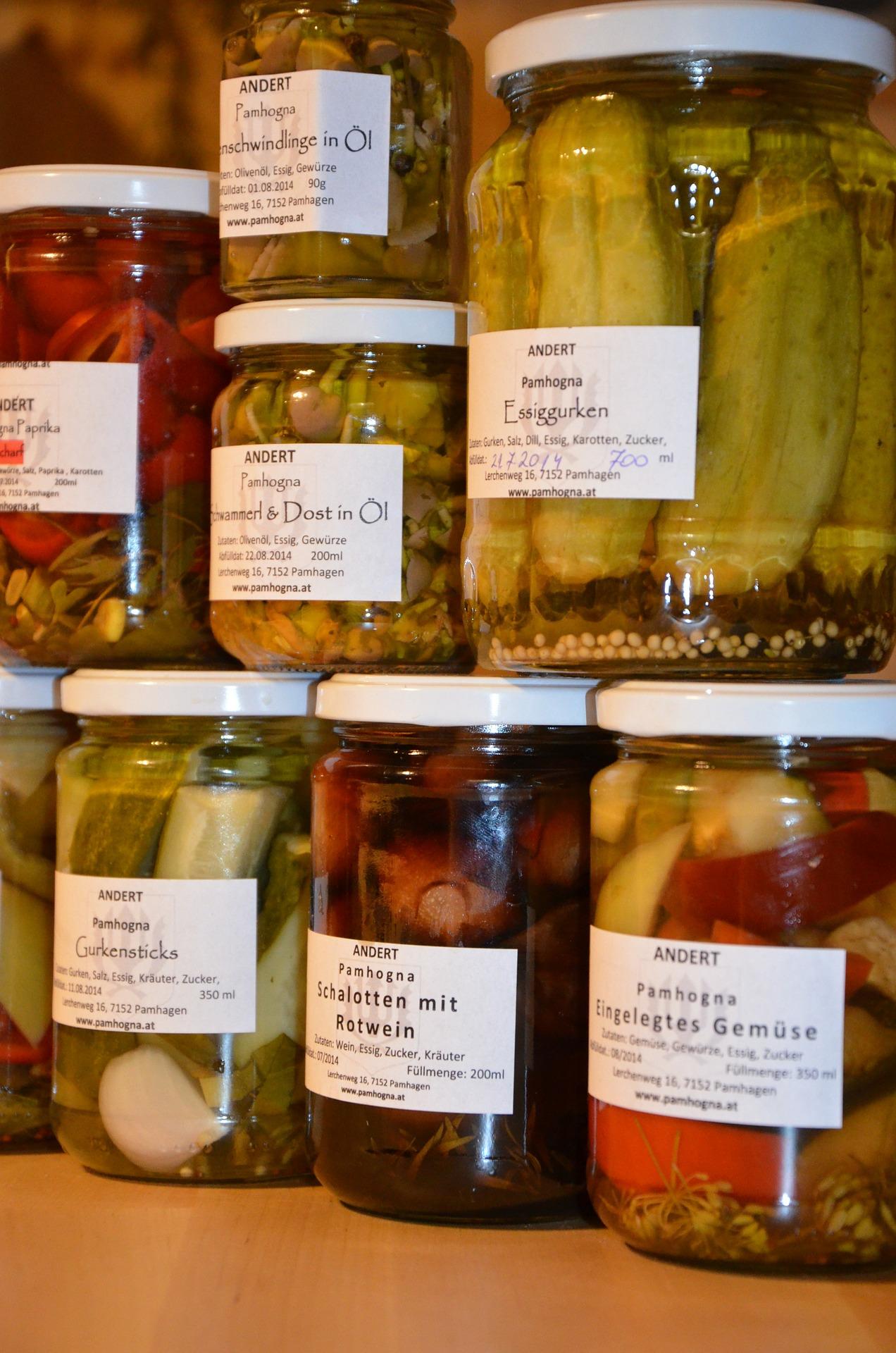 preserving-jars-559076_1920.jpg