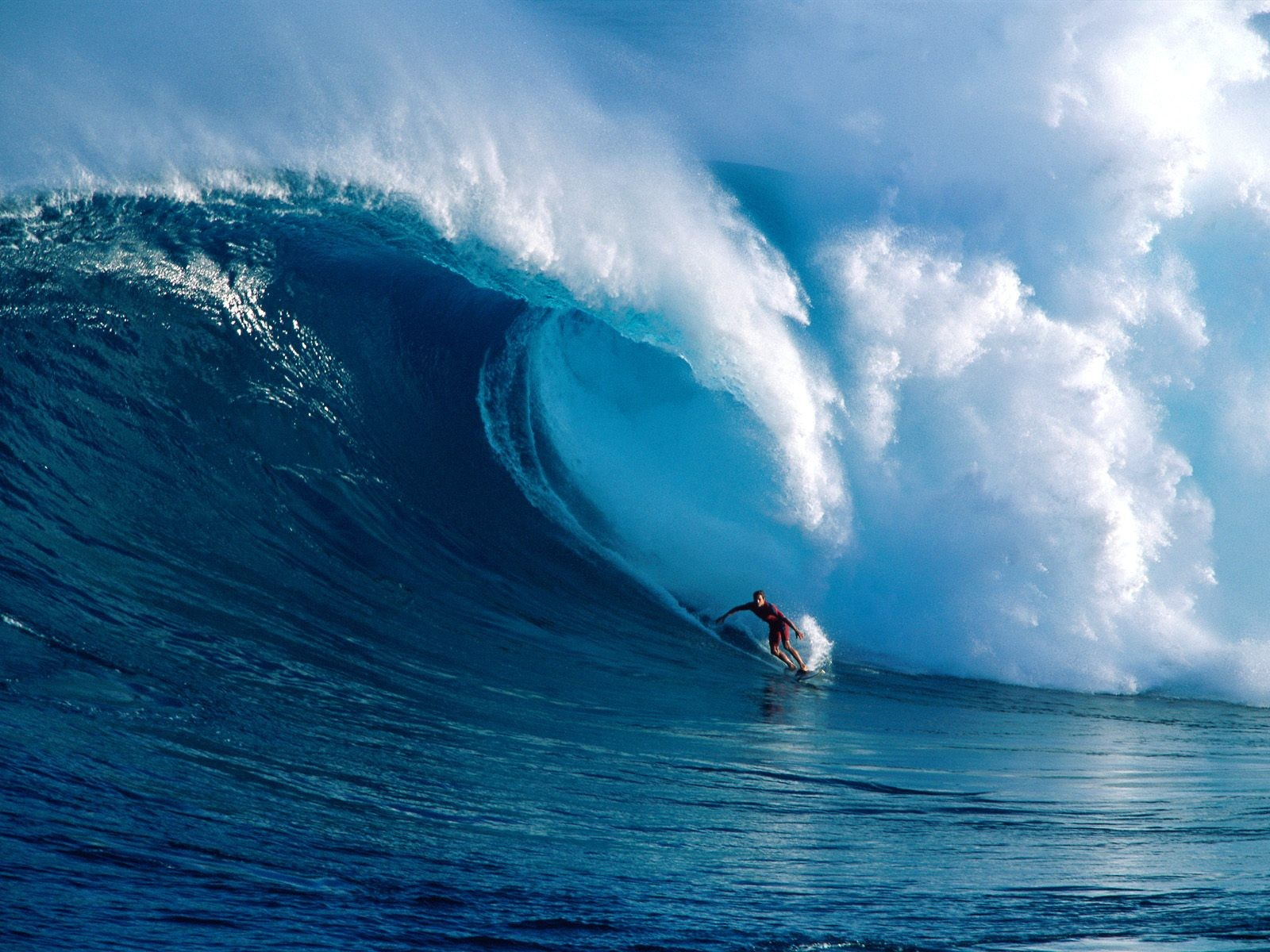 big_wave_surfing_1.jpg