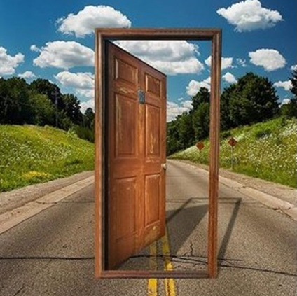 doorroad2.jpg