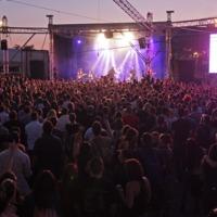 140 koncerten bő százezer ember bulizott idén a Zöld Pardonban