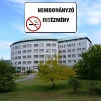 Nemdohányzó intézmény!