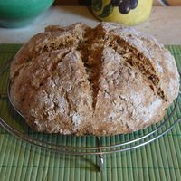 Napraforgómagos szódás kenyér
