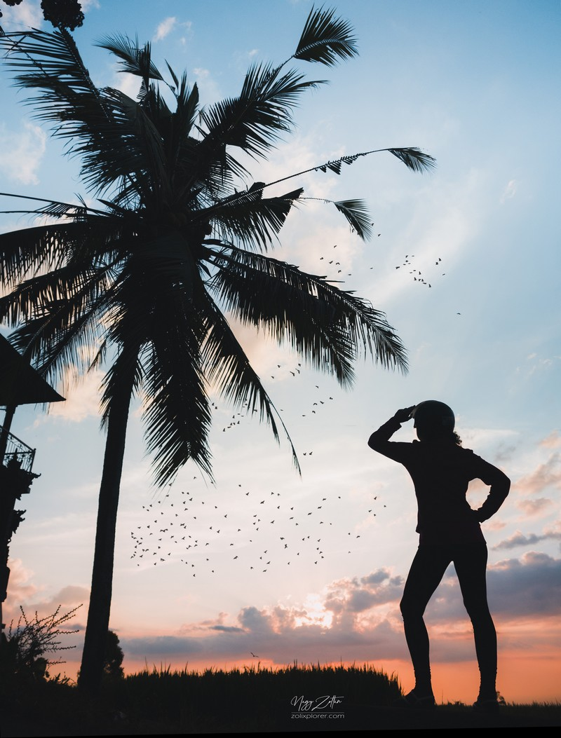 Valahol a hegyekben kapott el a naplemente - Bali, Indonézia