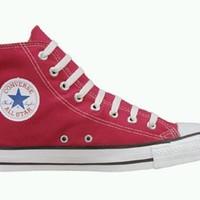 Boldog századik szülinapot Converse cipő!